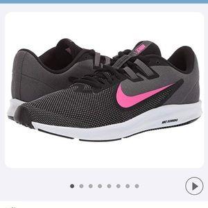 Nike Downshifter Sneakers Sz 8 Black/Pink